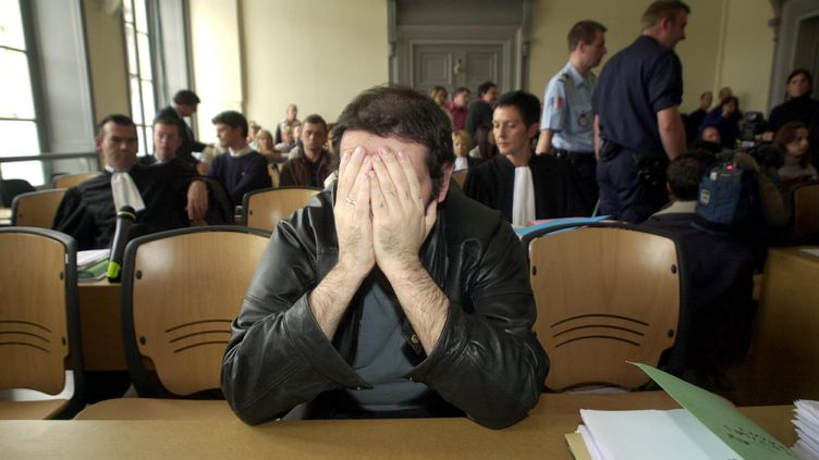 Thierry Delay au procès de l'affaire Outreau à Saint-Omer (Pas-de-Calais),le 22 juin 2004. (MAXPPP)