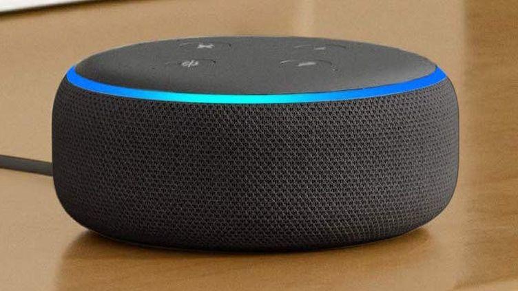 """""""Alexa j'ai mal au ventre"""": le service de santé anglais collabore avec Amazon"""