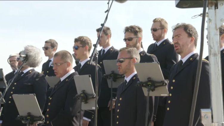 """Le choeur de l'armée française au festival """"Un violon sur la ville"""" (© France 3 Poitou-Charentes)"""