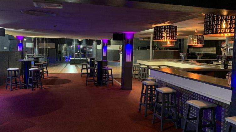 La discothèque Le Pacha Club, près de Morlaix, le 17 juin 2020, vide à cause de la pandémie de Covid-19. (NICOLAS OLIVIER / FRANCE-BLEU BREIZH IZEL)