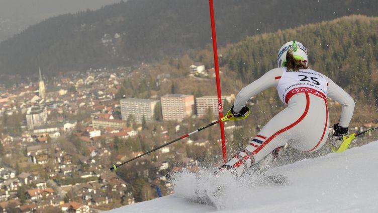 Anne-Sophie Barthet lors du slalom de Garmisch-Partenkirchen (Allemagne) en 2011. (FABRICE COFFRINI / AFP)