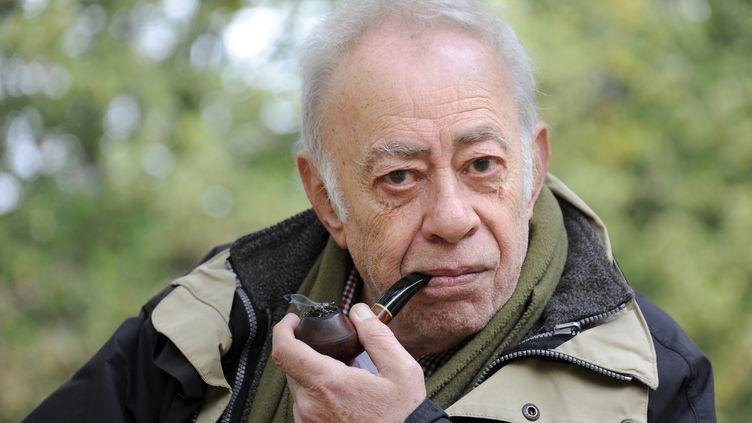 Vassilis Alexakis en 2012 à Paris. (BERTRAND GUAY / AFP)