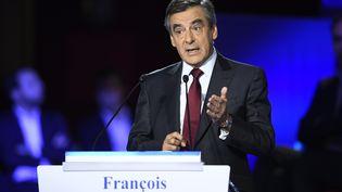 L'ancien Premier ministre François Fillon, lors du deuxième débat de la primaire, le 3 novembre 2016. (ERIC FEFERBERG / AFP)