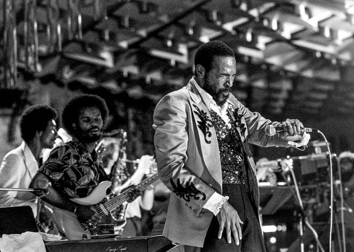 Marvin Gaye se produit au Montreux Jazz Festival à Montreux, dans le canton de Vaud, en Suisse, le 7 juillet 1980 (KEYSTONE/MAXPPP)