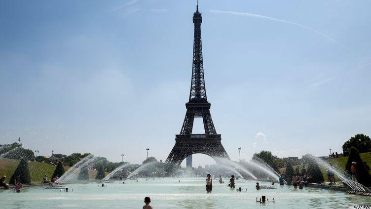La Tour Eiffel, le 27 juillet 2018. (LUDOVIC MARIN / AFP)