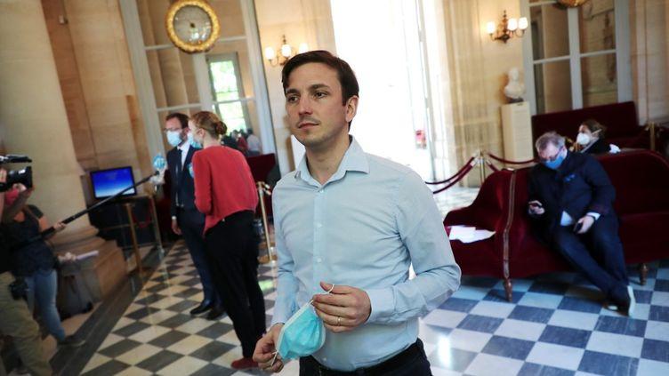 Le député Aurélien Taché à l'Assemblée nationale, à Paris, le 19 mai 2020. (CHRISTOPHE PETIT TESSON / AFP)