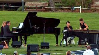 Le concert au golf de Royan  (France 3 / Culturebox)