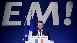 Emmanuel Macron lors de la présentation de son programme, le 2 mars 2017 à Paris. (LIONEL BONAVENTURE / AFP)
