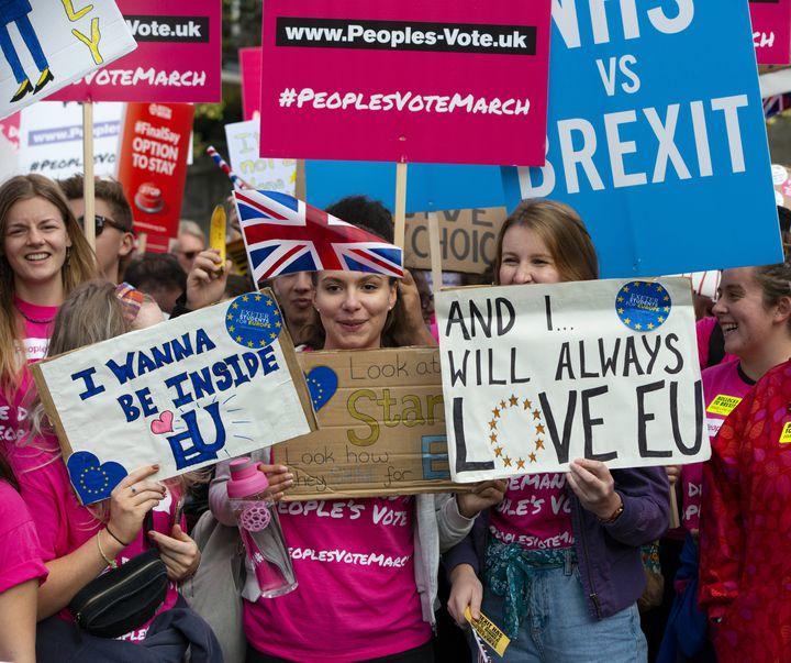 Des étudiants anti-Brexit manifestent à Londres (Royaume-Uni) le 20 octobre 2018 (IK ALDAMA / IK ALDAMA)